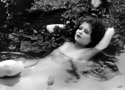 It Girl Clara Bow