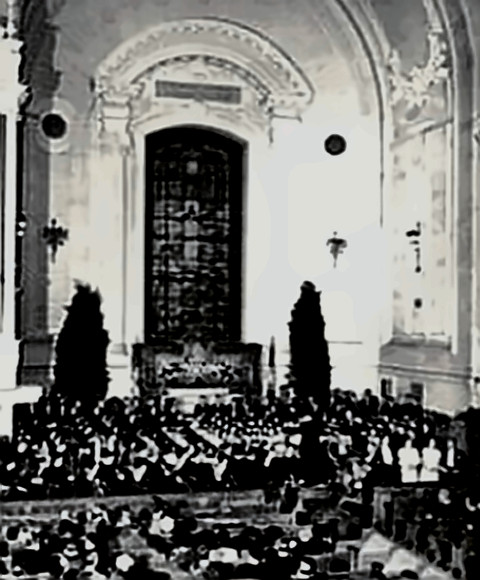 A Messiah performance in a cathedral (not first)