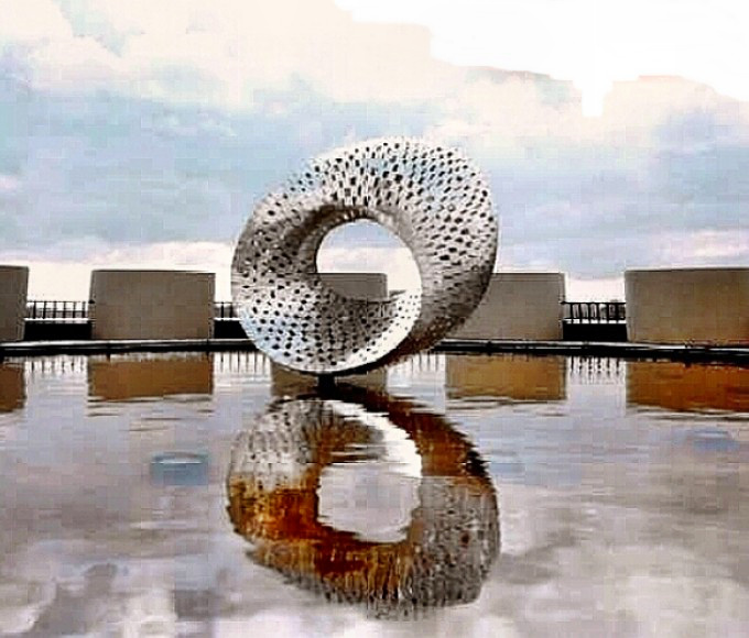 mobius strip reflection in water