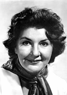 Actress Maureen Stapleton